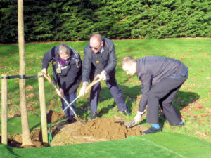 Councillors plant trees